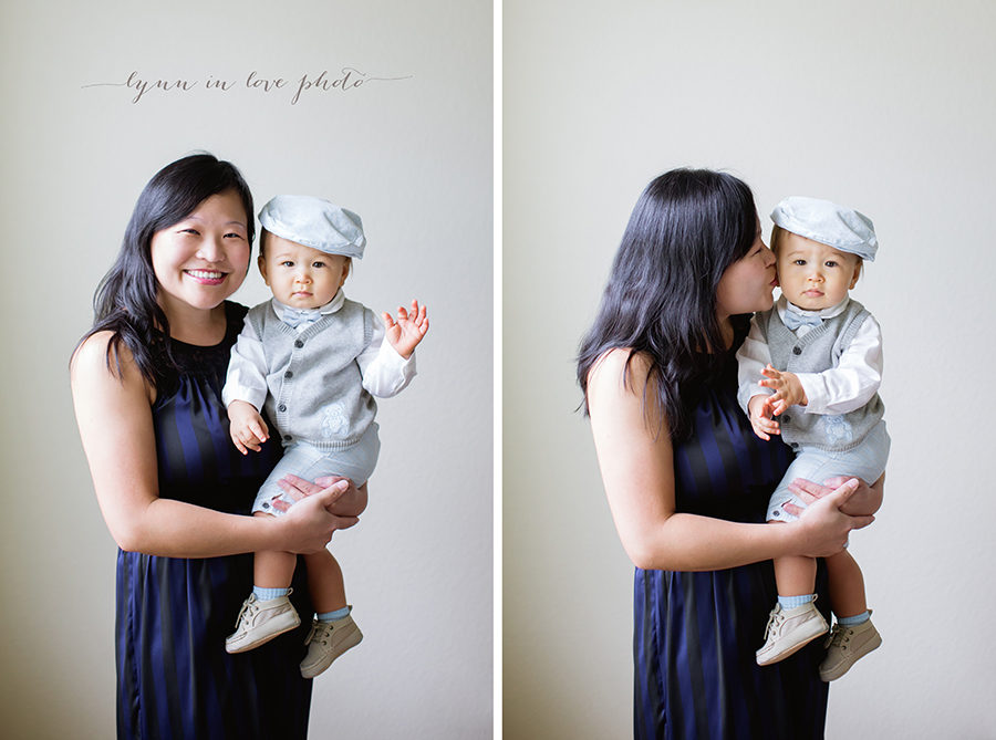 1 year old session loves his mom in blue outfits by Lynn in Love Photo, Houston Baby Photographer